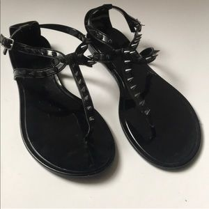 Steve Madden thong spike sandal
